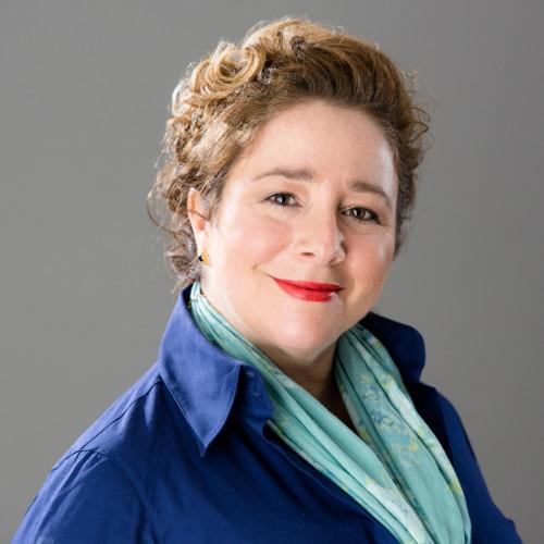 Profile Image of Barbara Luna
